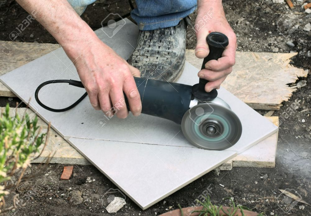 Cutting curves in ceramic tile